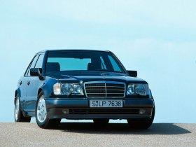 Ver foto 5 de Mercedes Clase E E500 W124 1993