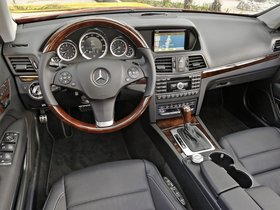 Ver foto 21 de Mercedes Clase E Cabrio E550 A207 2010
