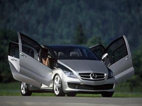 Ver foto 2 de Mercedes F600 Concept 2005