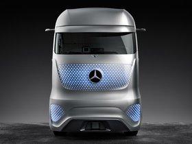 Ver foto 11 de Mercedes Future Truck 2025 2014