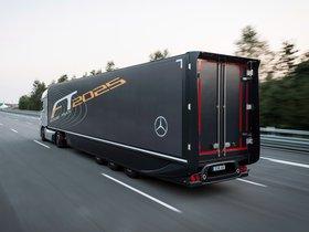 Ver foto 5 de Mercedes Future Truck 2025 2014