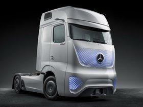 Ver foto 2 de Mercedes Future Truck 2025 2014