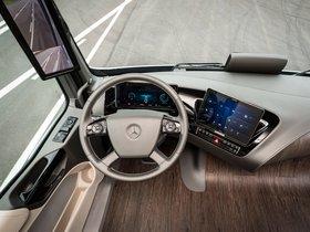 Ver foto 19 de Mercedes Future Truck 2025 2014