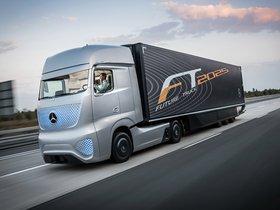 Fotos de Mercedes Future Truck 2025 2014