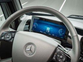 Ver foto 17 de Mercedes Future Truck 2025 2014