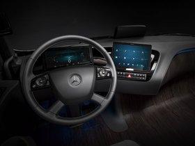 Ver foto 15 de Mercedes Future Truck 2025 2014