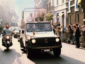 Ver foto 2 de Mercedes Clase G G230 Popemobile W460 1980