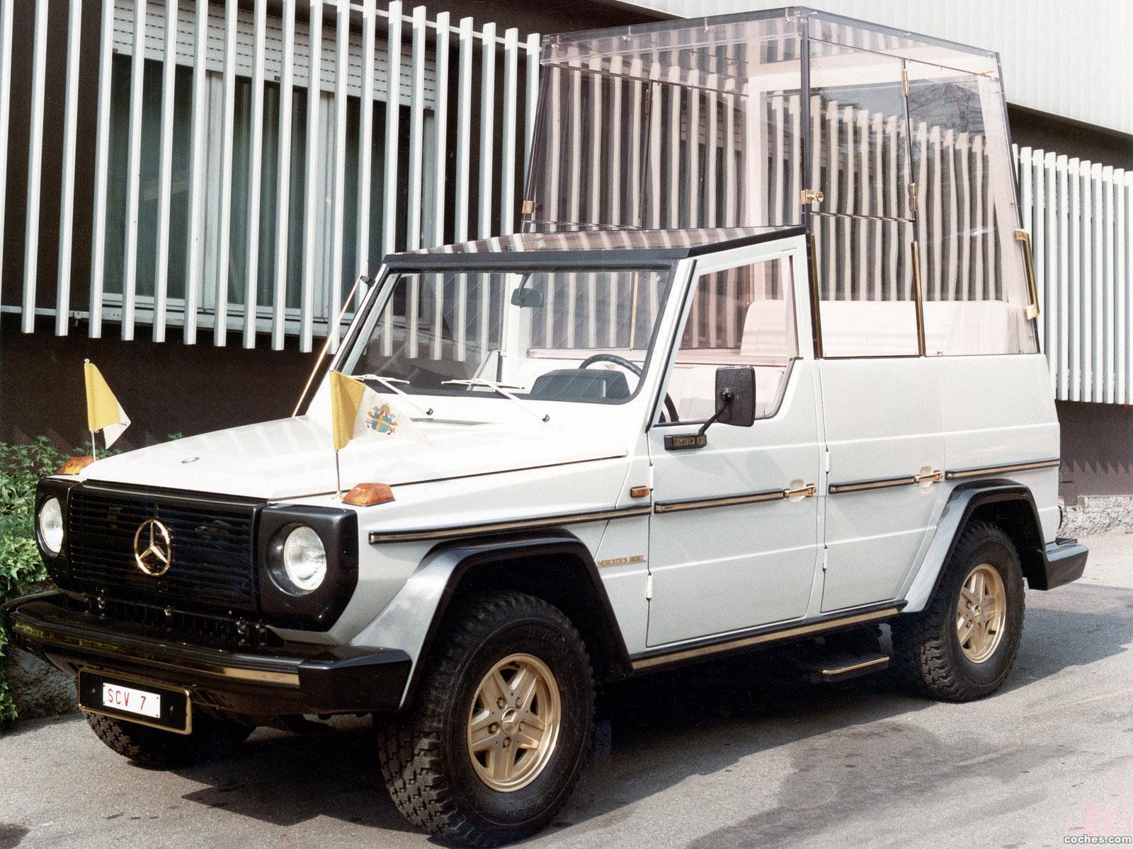 Foto 0 de Mercedes Clase G G230 Popemobile W460 1980