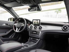 Ver foto 18 de Mercedes Clase GLA 250 4MATIC AMG Sport Package X156 2014