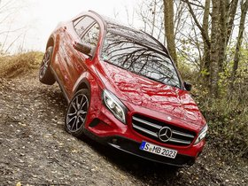 Ver foto 1 de Mercedes Clase GLA 250 4MATIC X156 2014
