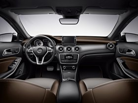 Ver foto 8 de Mercedes Clase GLA Edition 1 X156 2013