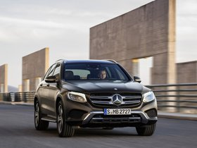 Ver foto 25 de Mercedes GLC 250 d 4MATIC X205 2015