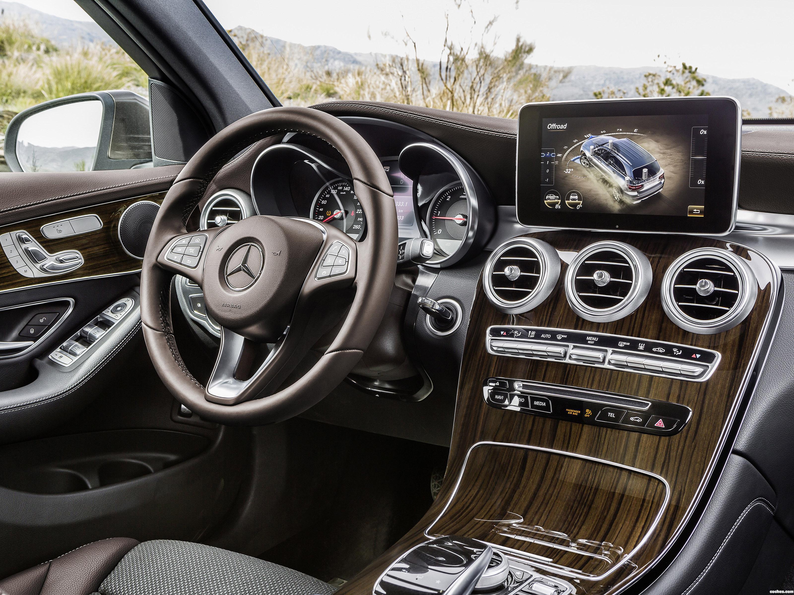 Foto 15 de Mercedes GLC 250 d 4MATIC X205 2015