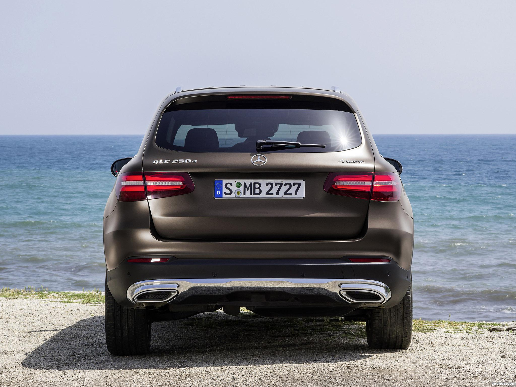 Foto 25 de Mercedes GLC 250 d 4MATIC X205 2015