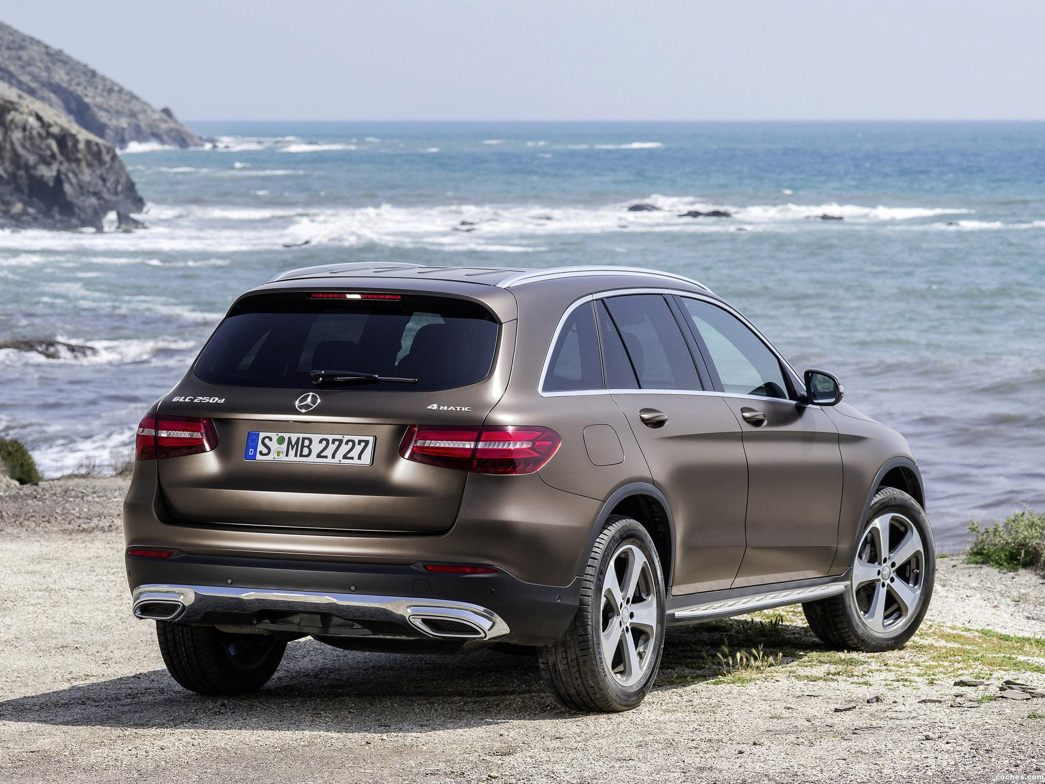 Foto 20 de Mercedes GLC 250 d 4MATIC X205 2015