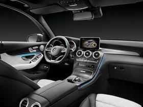 Ver foto 26 de Mercedes GLC 350 e 4MATIC X205 2015
