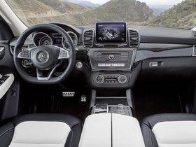 Ver foto 17 de Mercedes GLE 250 D 4MATIC W166 2015