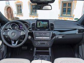Ver foto 24 de Mercedes Clase GLS 400 4MATIC AMG Line X166 2015