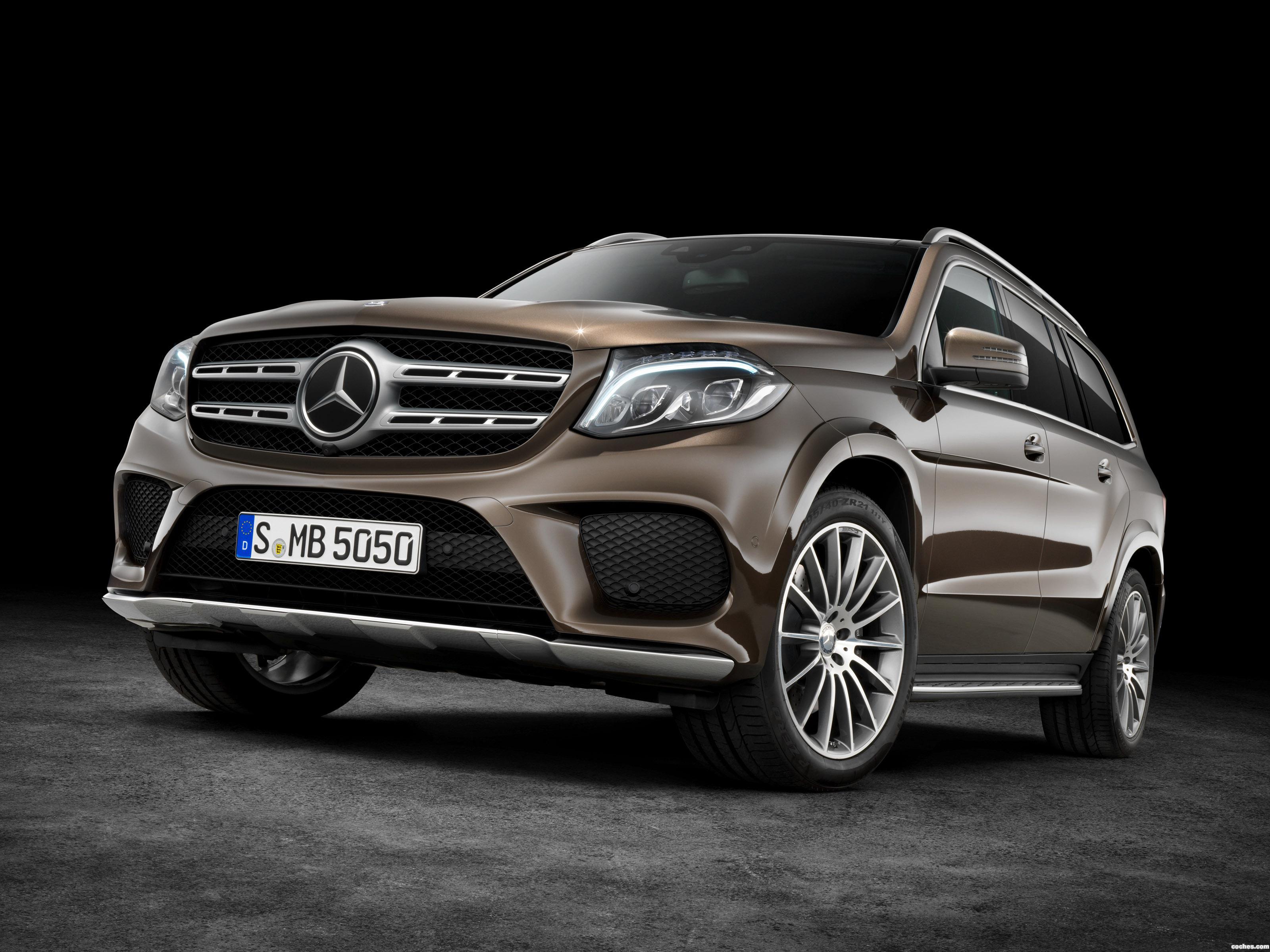 Foto 0 de Mercedes GLS 500 4Matic AMG Line X166  2015