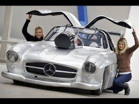 Ver foto 2 de Mercedes Gullwing Dragster 2009