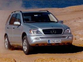 Ver foto 9 de Mercedes Clase M ML Facelift 2002