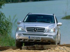 Ver foto 5 de Mercedes Clase M ML Facelift 2002