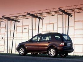Ver foto 6 de Mercedes Clase M ML Facelift 2002