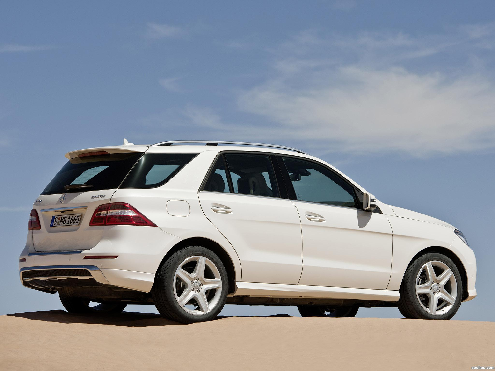 Foto 3 de Mercedes Clase M ML250 BlueTec 2011
