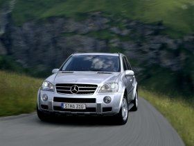 Ver foto 7 de Mercedes Clase M ML63 AMG 2006