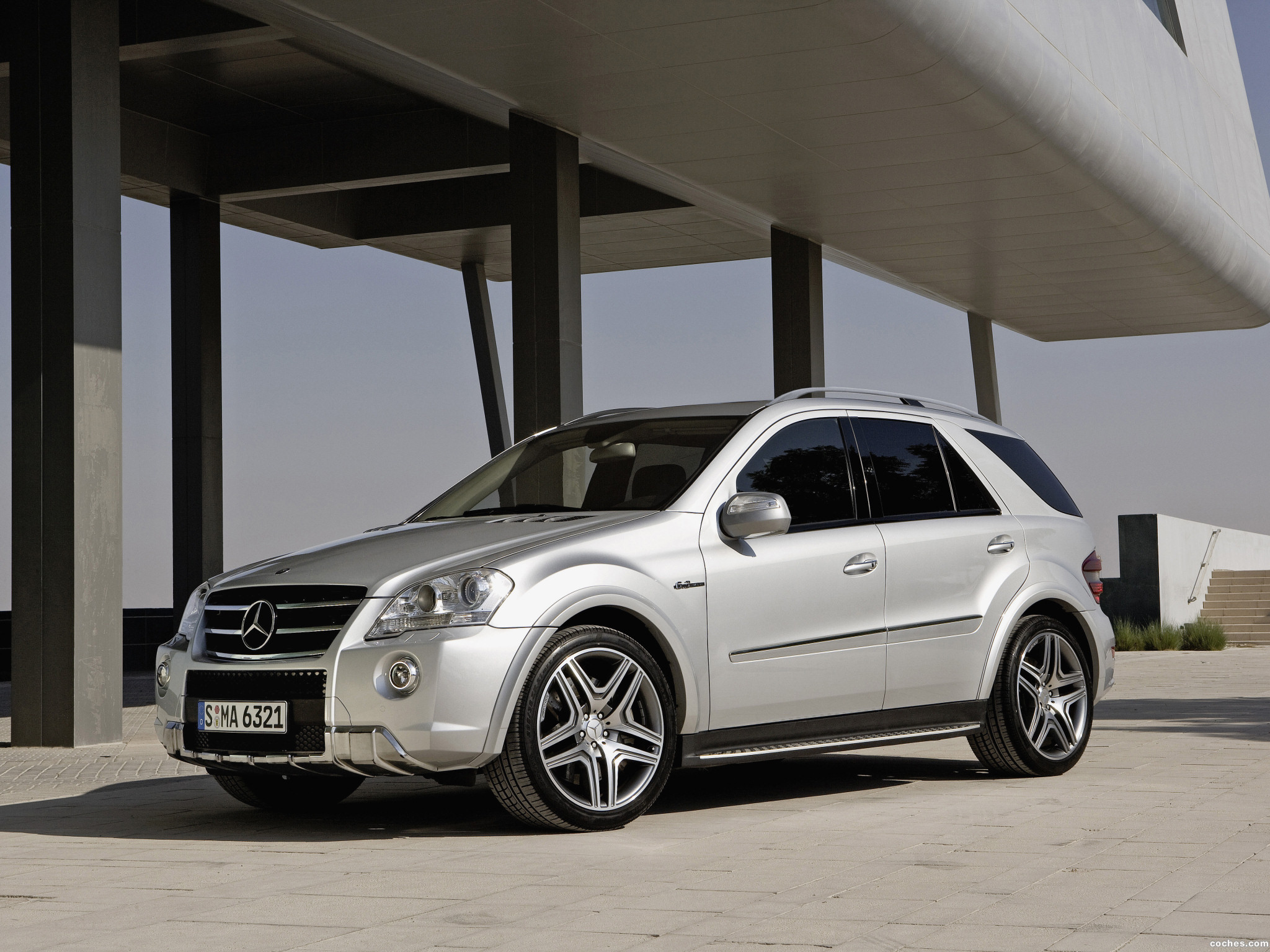 Foto 0 de Mercedes Clase M ML63 AMG Facelift 2008