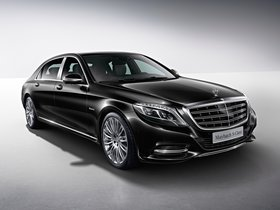 Ver foto 1 de Mercedes Maybach S500 4MATIC X222 2015