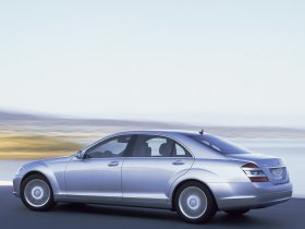Ver foto 5 de Mercedes S-Klasse 2005