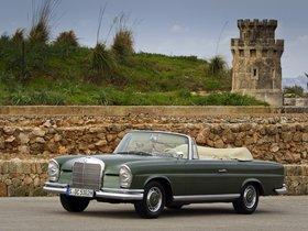 Fotos de Mercedes Clase S 220SE Cabriolet W111 W112 1963