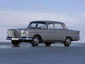 Fotos de Mercedes S-Klasse 220SE W111 W112 1959
