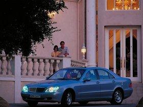 Ver foto 11 de Mercedes S-Klasse S320 W220 1998