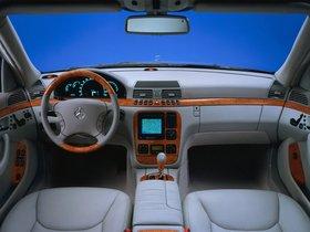 Ver foto 10 de Mercedes S-Klasse S500 W220 1998
