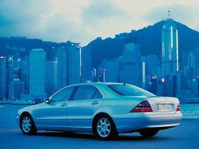 Ver foto 7 de Mercedes S-Klasse S500 W220 1998