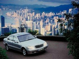 Ver foto 5 de Mercedes S-Klasse S500 W220 1998