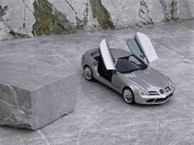 Ver foto 11 de Mercedes SLR McLaren 2004