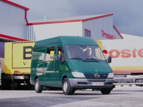 Ver foto 14 de Mercedes Sprinter 2000
