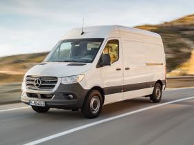 Fotos de Mercedes Sprinter Van 2018