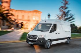 Ver foto 9 de Mercedes Sprinter Van 2018