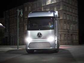 Ver foto 9 de Mercedes Urban e-Truck 2016