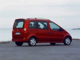 Ver foto 8 de Mercedes Vaneo 2002