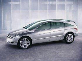 Ver foto 7 de Mercedes Vision GST Concept 2002