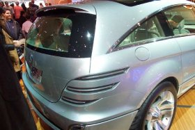 Ver foto 4 de Mercedes Vision GST Concept 2002