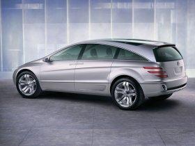 Ver foto 1 de Mercedes Vision GST Concept 2002