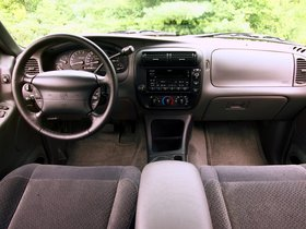 Ver foto 7 de Mercury Mountaineer 2001