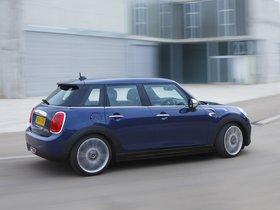 Ver foto 13 de Mini Cooper D 5 puertas UK 2014