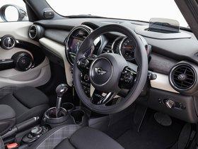 Ver foto 29 de Mini Cooper S 5 puertas F56 UK 2014